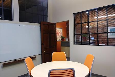 Office Evolution - Denver/Downtown Market Street - Conference Room 1