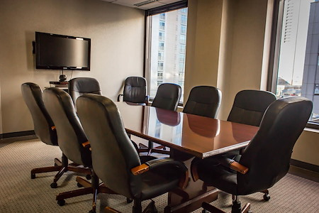 Town Center Office Suites - Central Park Avenue Conference Room