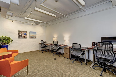 Carr Workplaces-  K Street - Carr Workplaces - Dupont (#424)