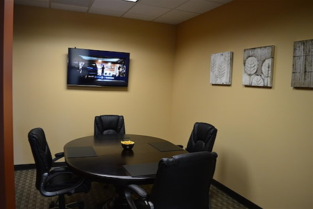 Orlando Office Center at Colonial Town Center/Downtown - Small Meeting Room