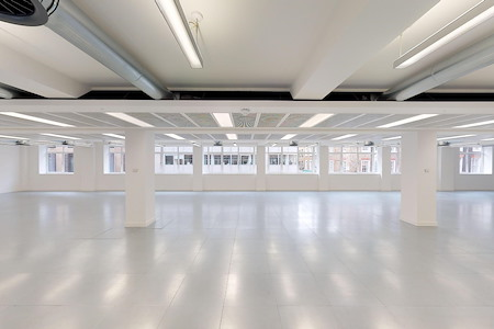 Knotel - 33 Soho Square - Office Suite - E18