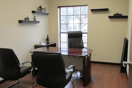 VenturePoint Stone Oak - Private Office #4
