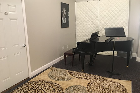 Amy Dancz Voice Studio - Office 2