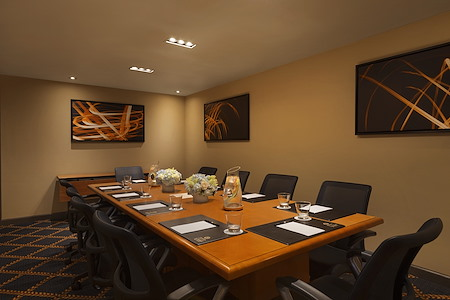 Hotel Le Soleil - Epicurean Board Room