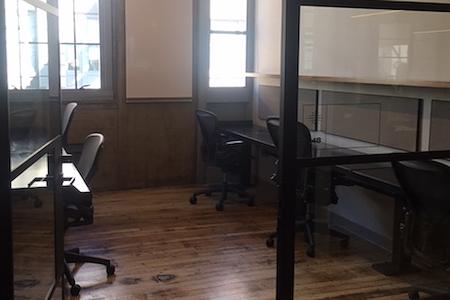 Camp David - 5-desk office