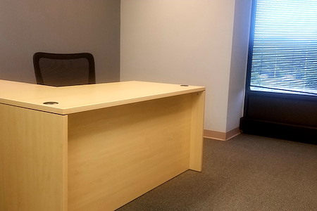 Business Gate - Private Office 1