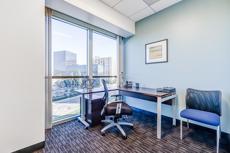 Regus- Century Plaza Towers - Office 4