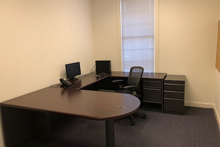 CDL 4 LIFE LLC - Office 1
