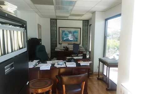 Kirby West University Are - Dedicated Desks entire office suite