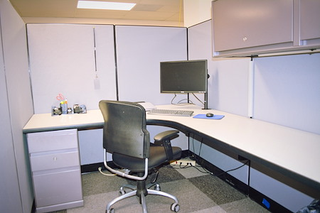 626 Minnesota Avenue - Dedicated Desk 1