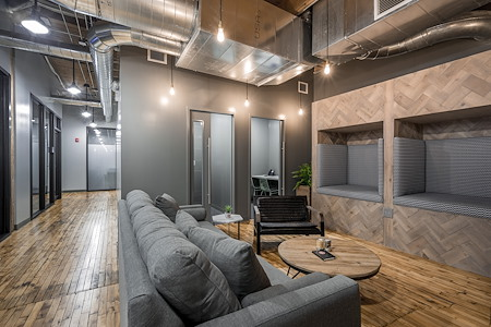 Industrious Chicago River North - Canvas Suite for 65