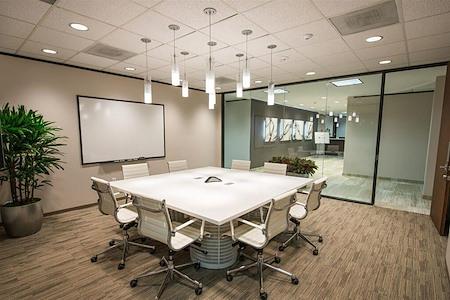 Avalon Suites - Tanglewood - River Oaks Board Room