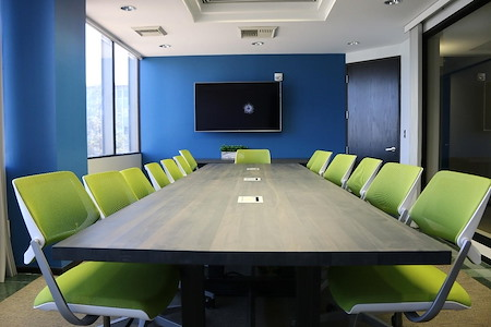 Pacific Workplaces - Bakersfield - Mondavi Boardroom