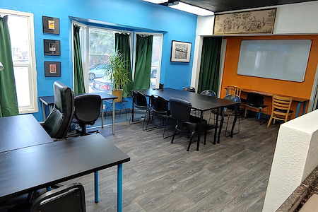 The Muse Rooms Burbank - Office 87