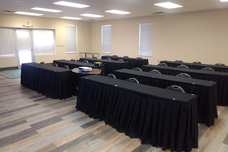Summit Financial Group - Meeting Room