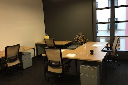 Venture X | West Palm Beach Rosemary Square - Team office