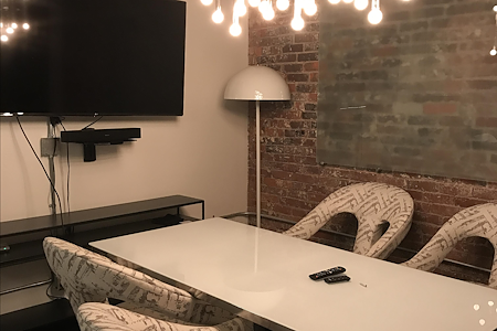 CounterPointe Co-Working Space - Meeting Room Small