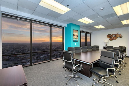 Titan Offices Penthouse - Large Conference Room