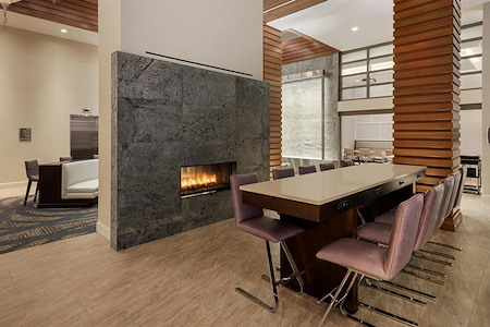 Homewood Suites by Hilton Manhattan/Times Square South - Lobby Communal Table