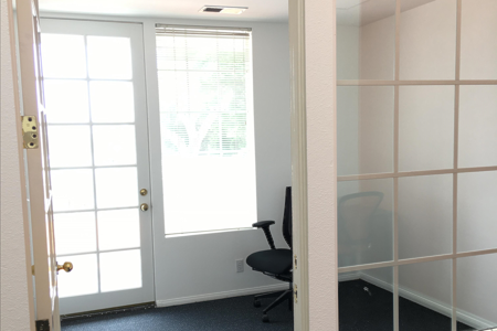 Social Workplace - Private Office with External Door