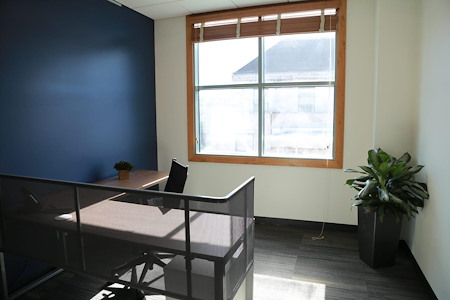 LifeWorking Coworking - Office