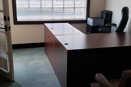 OC LEGAL HELP - Dedicated Desk 1