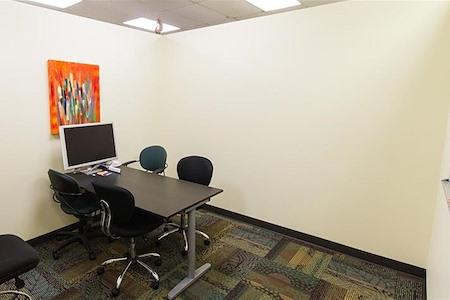 Orange Coworking - Pomelo Medium Room