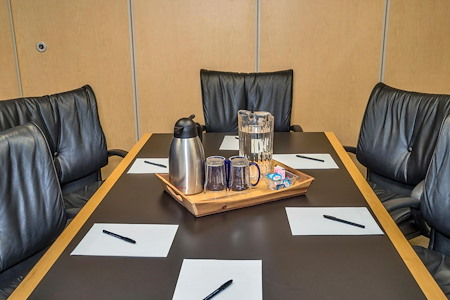 Intelligent Office Lakewood - Medium Conference Room