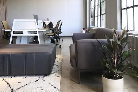 HudCo - Dedicated Desk 1