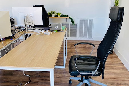 Vibely HQ - Dedicated Desks Available!
