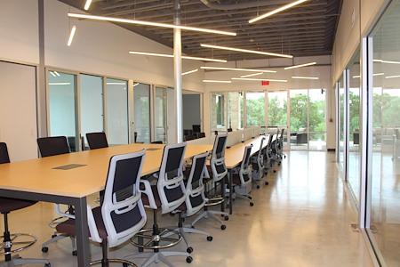 Venture X | San Antonio - Shared Desks