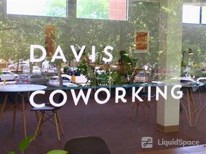 Logo of Davis Coworking