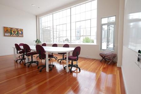 Oakstop 14 - Osumare Suite