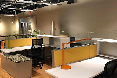 FireWorks Coworking - Dedicated Desk