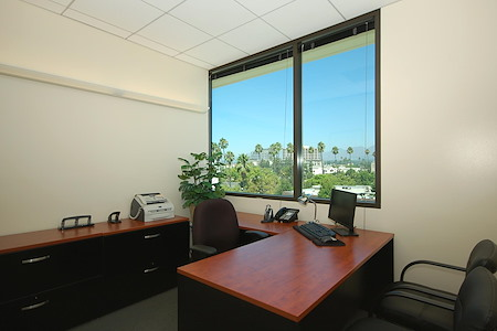(COL) Koll Center - Office