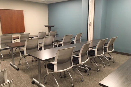 Office Evolution - Hoffman Estates - Meeting Room 4- Training Room AB