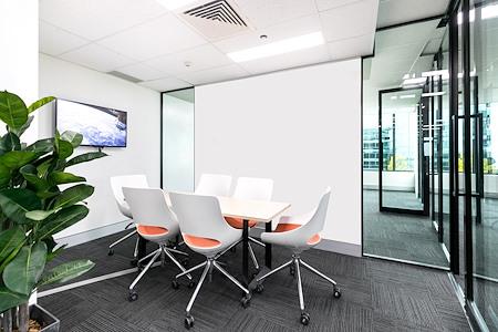Verumtek - Meeting Room 2