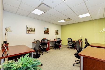 Carr Workplaces - The Willard - Dedicated Co-Working Desk