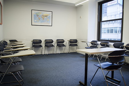 EC English Learning Centre - Times Square NYC - Central Park Classroom