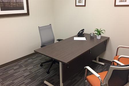Office Evolution - Hackensack - Day Office