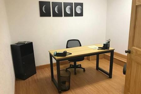 1820 COMO AVe SE - Office Suite 1