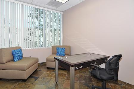 Irvine Spectrum Productivity Suites - Office Suite 205