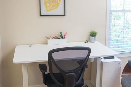 Brilliant Co - Dedicated Desk