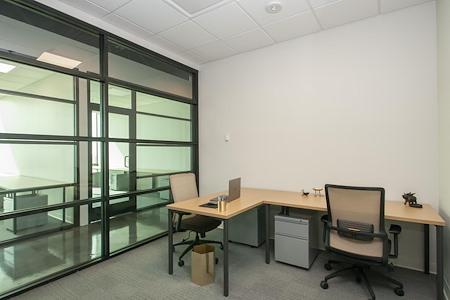 Venture X Dallas Campbell Centre - Private Office for 2