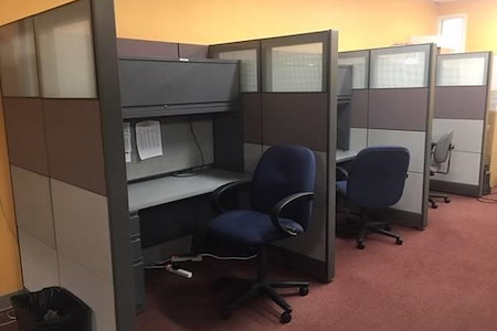 Central Court Offices - Central Court Co-working Cubicles Space