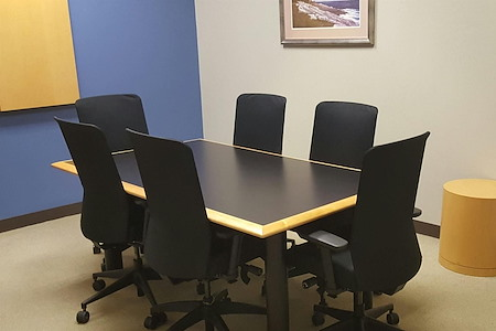 Intelligent Office - Atlanta (Glenlake) - Small Conference Room