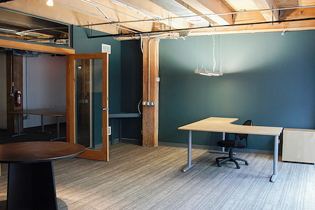 Urban Chicago Office Space - Office 1