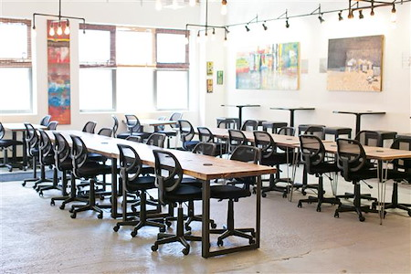 BrooklynWorks at 159 - Drop-In Lounge Area