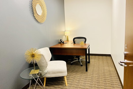 US Bank Tower - Private 1-3 Person Office