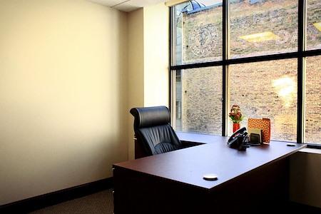 Walker Center Executive Suites - Team Office 514